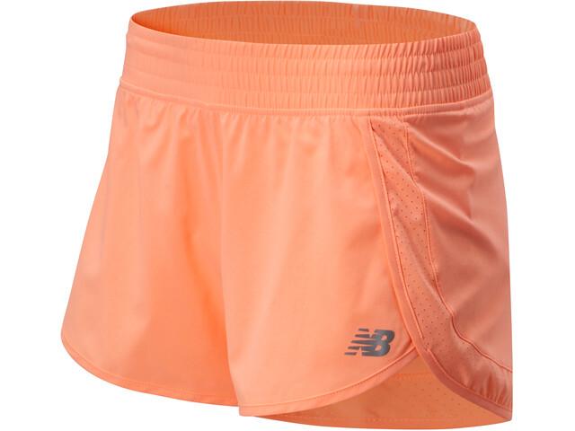 """New Balance Accelerate Stretch Woven 3"""" Spodnie krótkie Kobiety, różowy"""